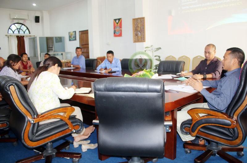 Sekretariu Estadu Abrao Saldanha enkontro ho DNICT SEJD